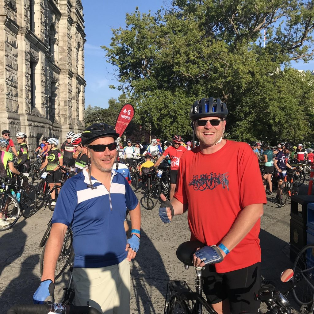 Mike Hessler and me ready to go at the starting line